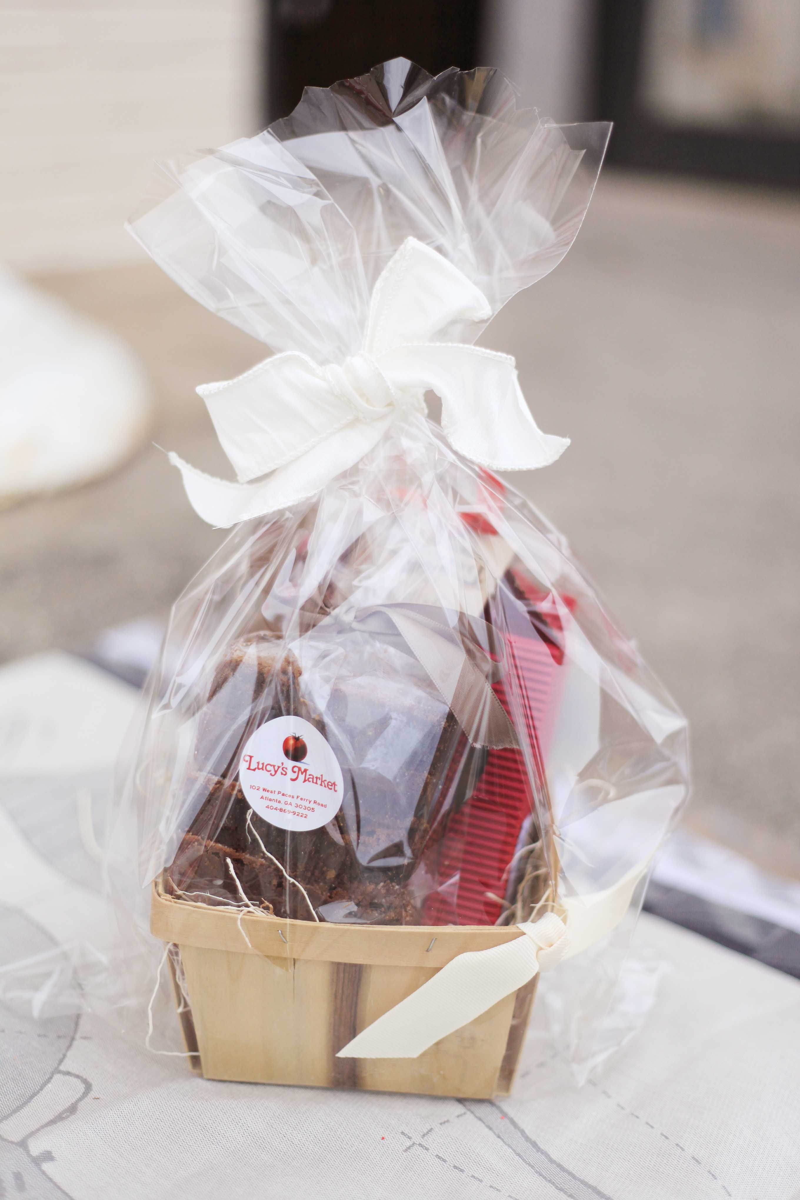 An adorable mini gift basket filled with truffle brownies and shortbread cookies! Too cute!
