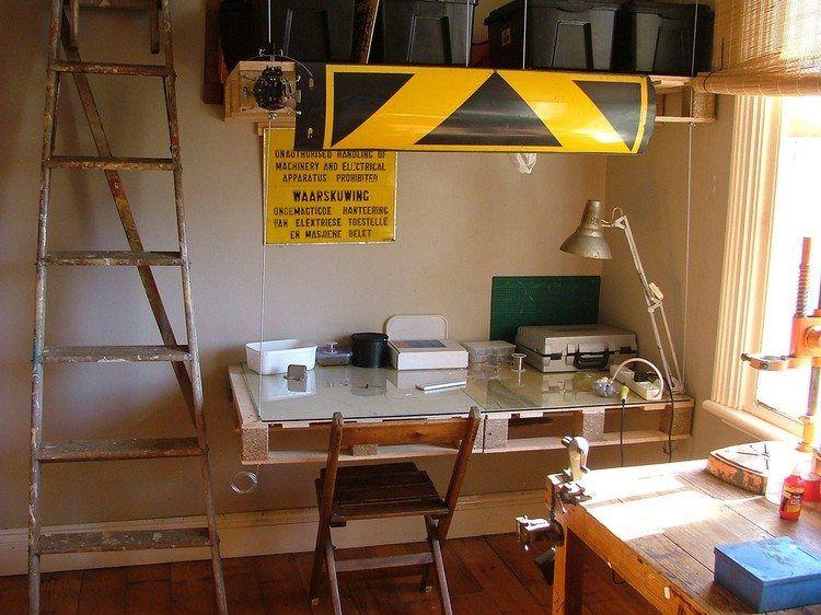 Bureau en bois 34 idées diy très cool en palette europe bureau