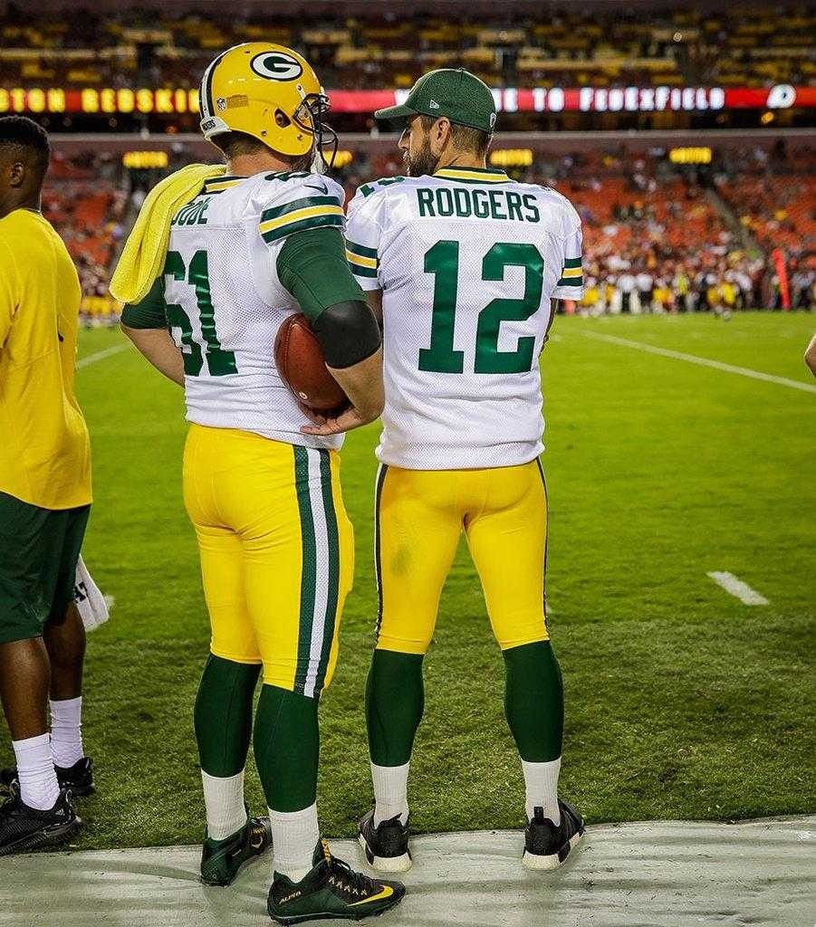 Pin By L Johnson On Green Bay Packers Aaron Rodgers Packers Aaron Rodgers Family