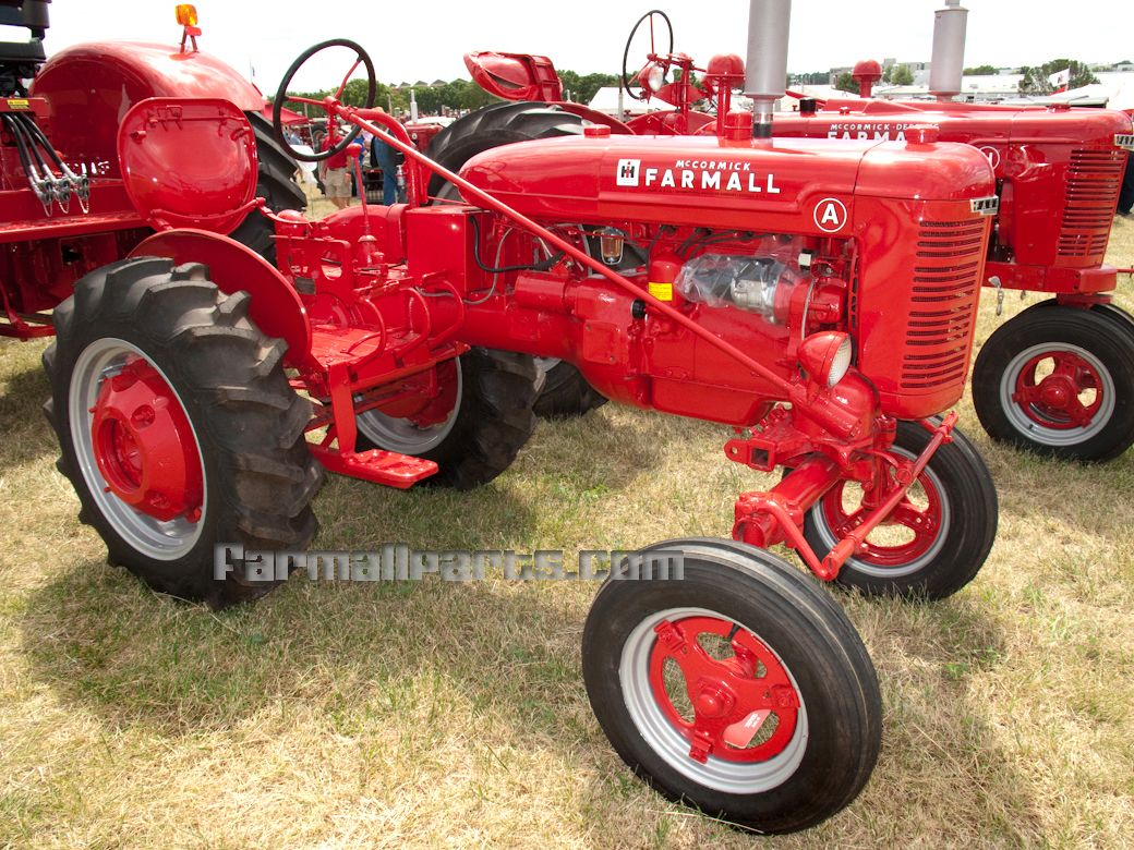 international harvester farmall mccormick farmall a [ 1040 x 780 Pixel ]