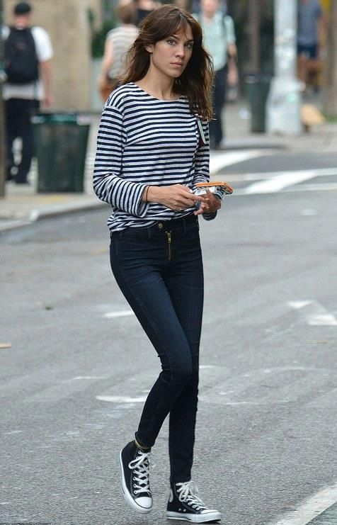 black converse and jeans