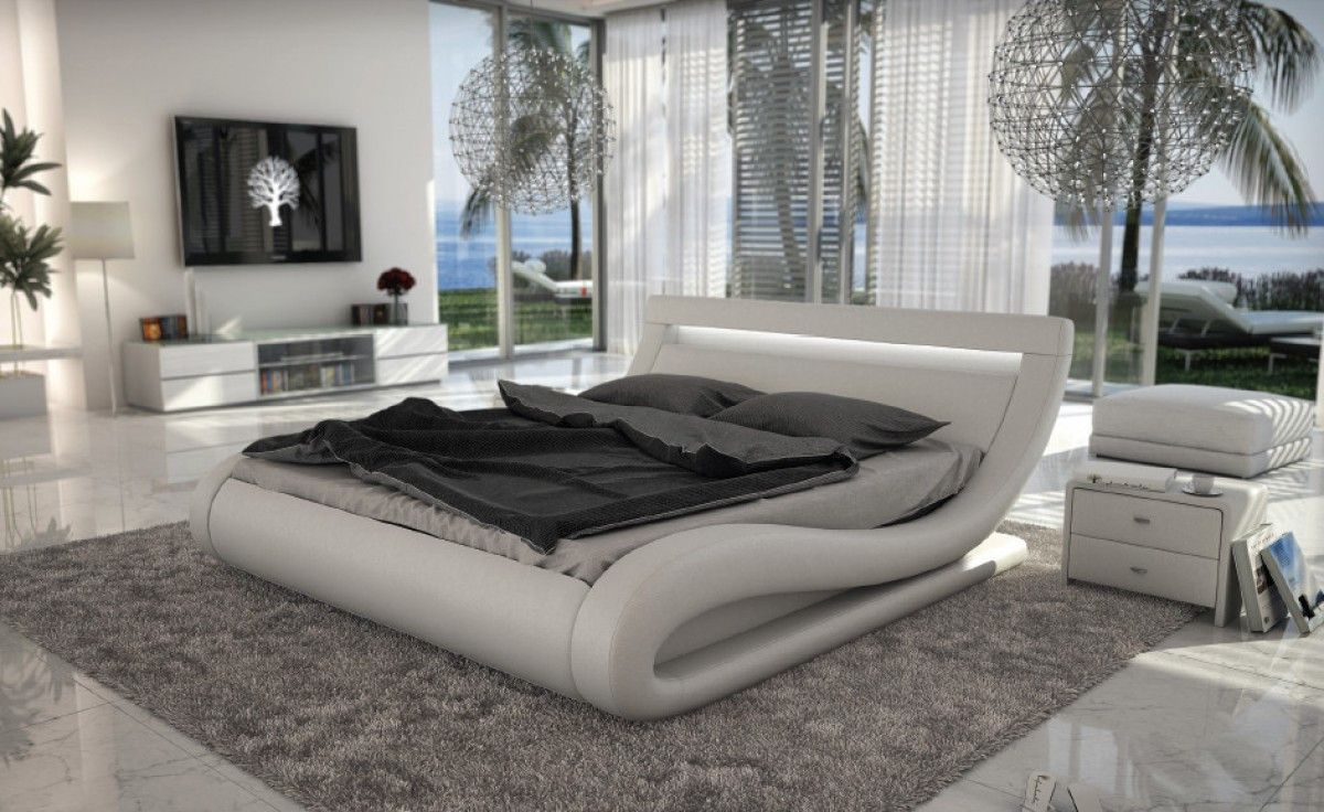 Modrest Corsica Contemporary White Leatherette Eastern King Bed with ...