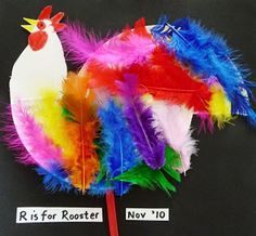 Paper plate rooster - These came out adorable in my preschool class!