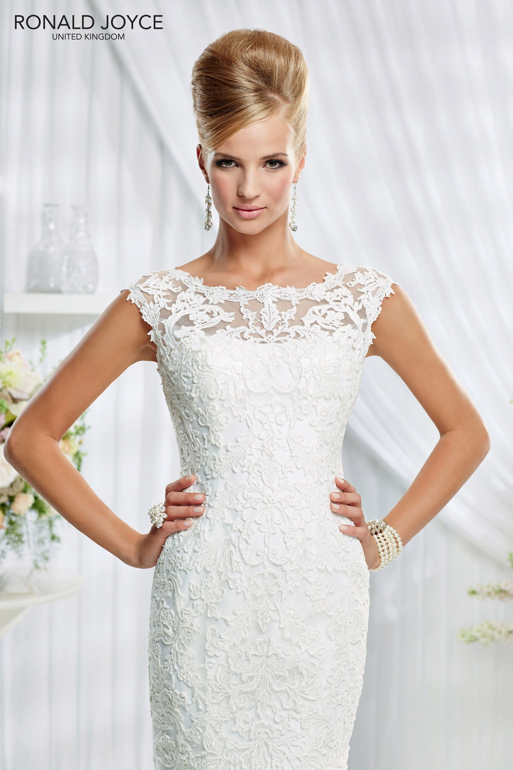 Dress style fyznv lace over organza fishtail dress with high neck