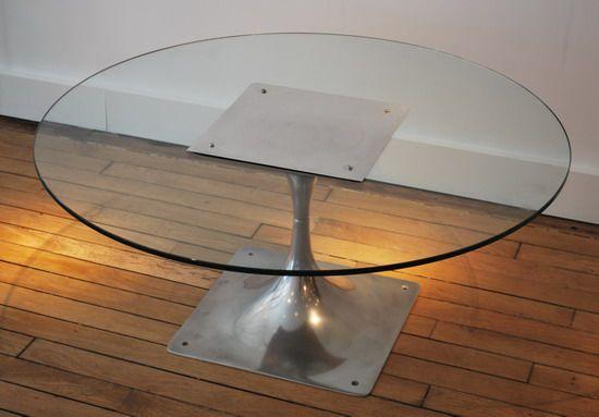 Table Basse Avec Pied En Aluminium Et Plateau Rond En Verre Modele M400 Roger Tallon France C 1960 Diametre Avec Images Table Basse Mobilier Design Decoration Interieure