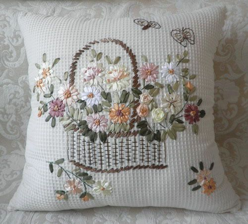 Simple Hand Embroidery Designs For Pillow Covers بحث