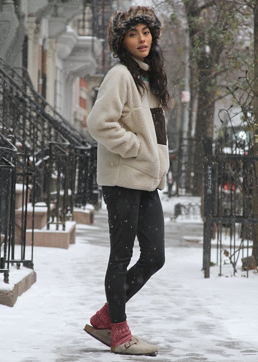 864536c554e So ready for cold weather. Birkenstocks with socks and leggings ...