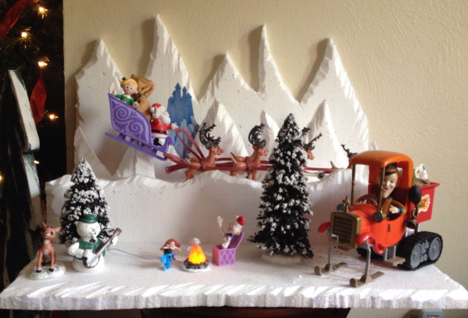 Island of Misfit toys display Christmas Specials, Christmas Time, Christmas  Crafts, Christmas Ornaments - Island Of Misfit Toys Display Work Decor Ideas For Occasions