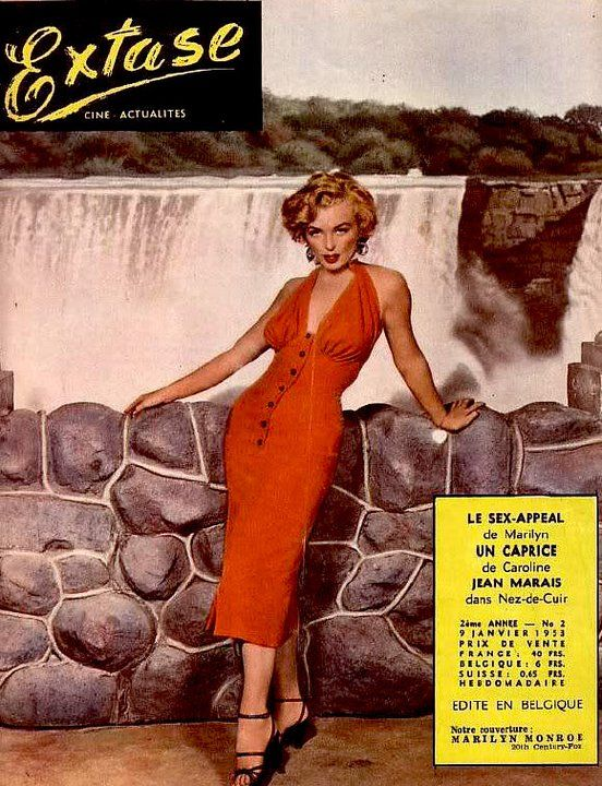 extase january 1953 magazine from belgium front cover photograph of marilyn monroe on the. Black Bedroom Furniture Sets. Home Design Ideas