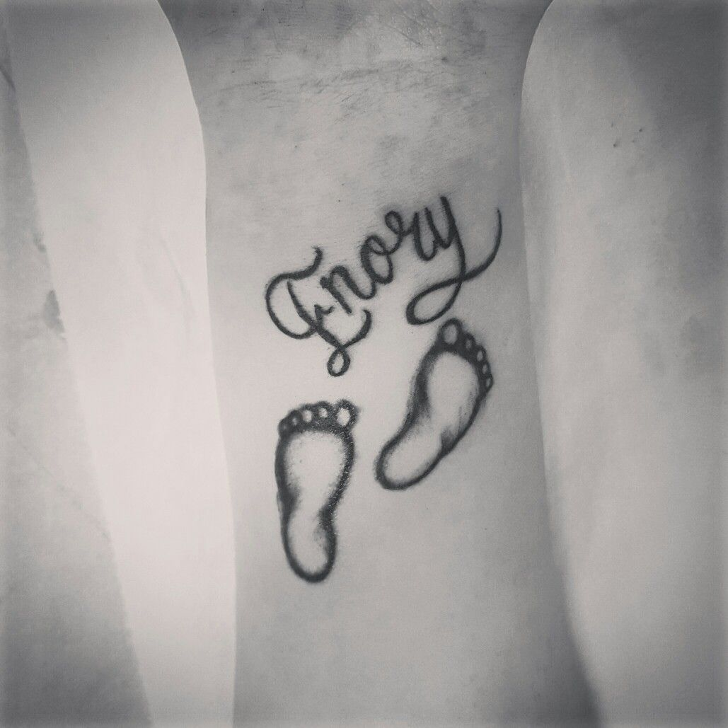 Tattoo ideas names on chest  leo heart tattoo on behind ear for girls  leo tattoo drawings