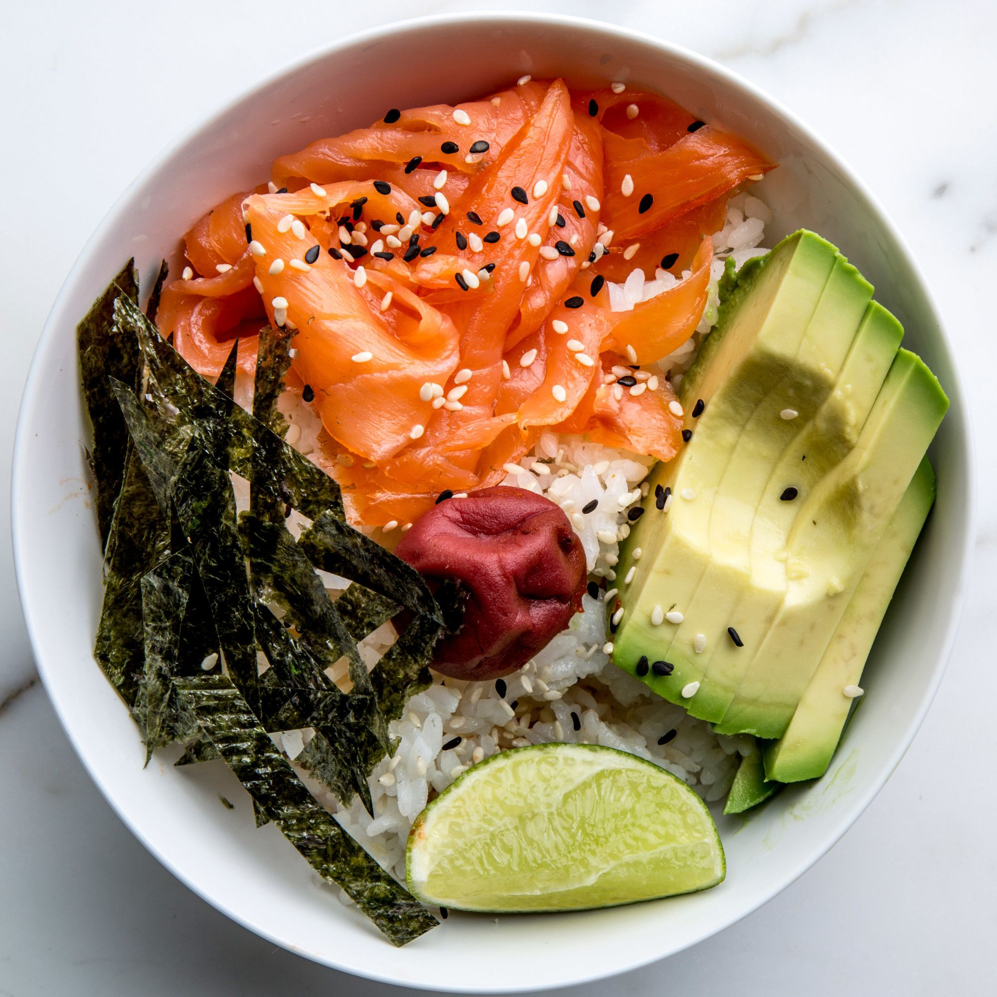 A breakfast bowl worth making every morning, because the Japanese always seem to do it better. Pour apprendre à cuisiner japonais : http://amzn.to/2kT1eNM