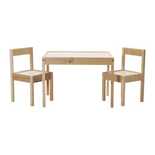 IKEA - LÄTT, Børnebord og 2 stole, , Den lille størrelse gør det særligt velegnet til små rum eller steder med lidt plads.