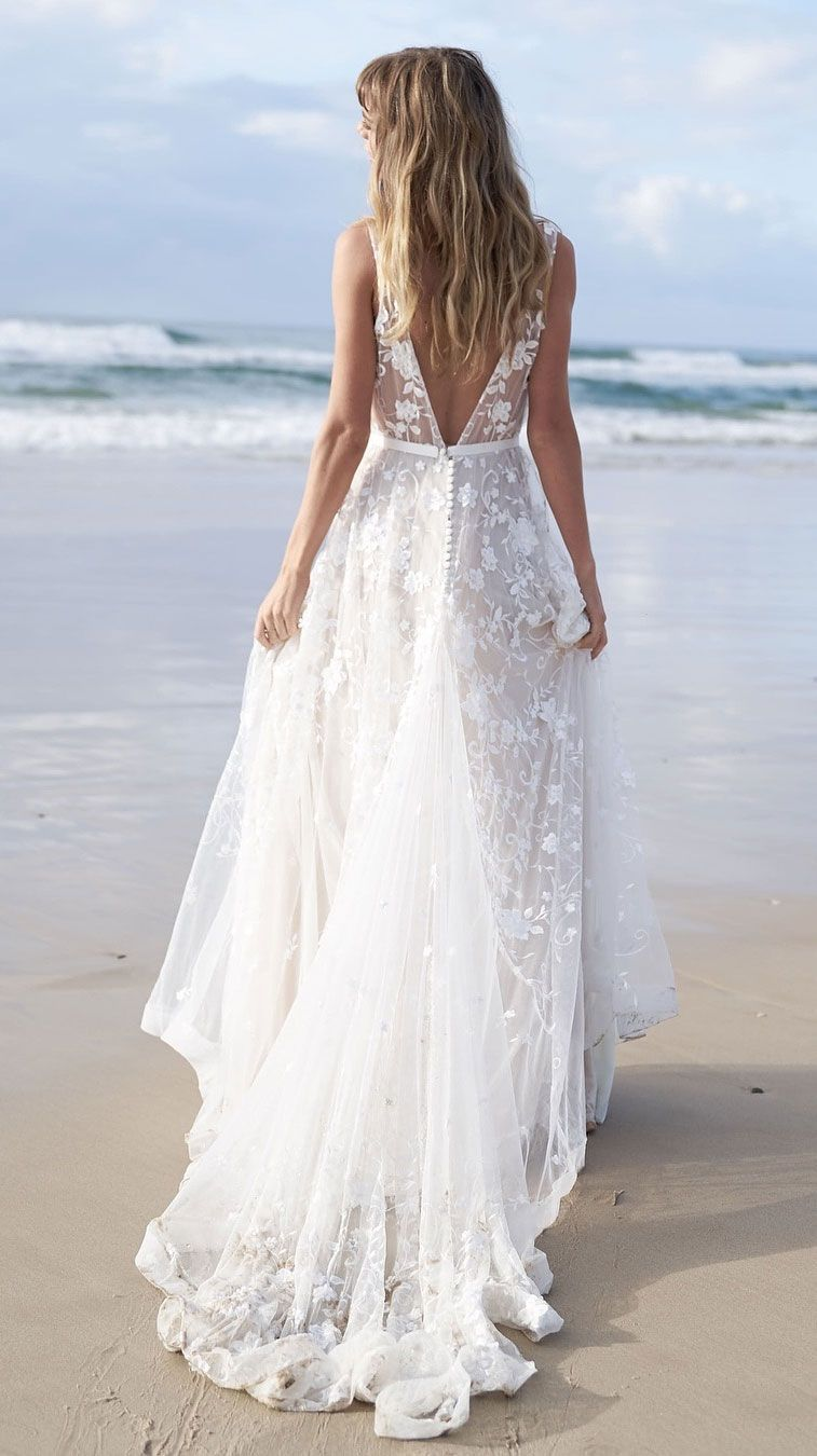 18 Beach Wedding Dresses Perfect For A Destination Wedding – Fab ...