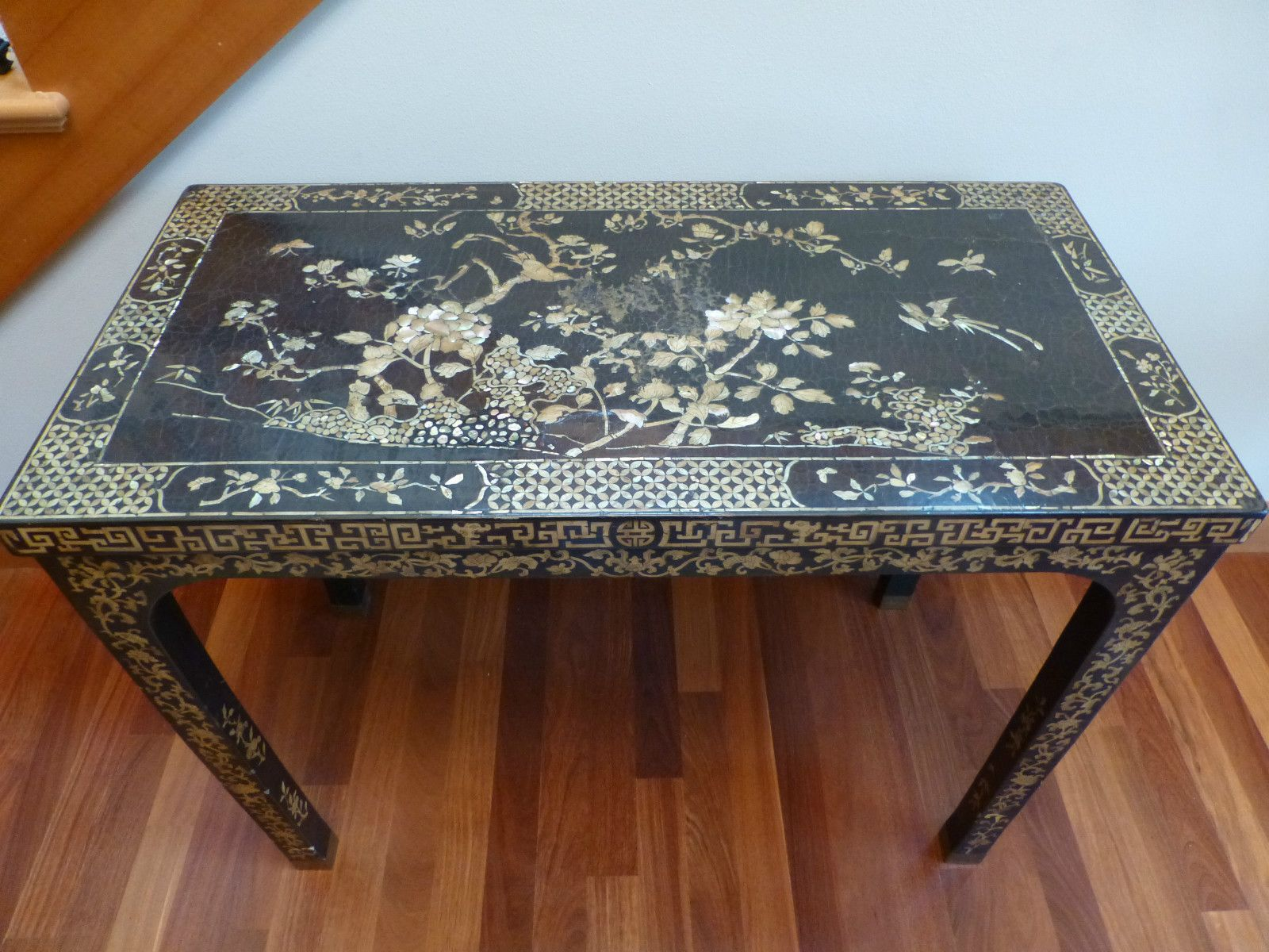 Antique Chinese Black Lacquer Wood Mother Of Pearl Inlay Writing Desk Table Bird Table Desk Nautical Furniture Antiques