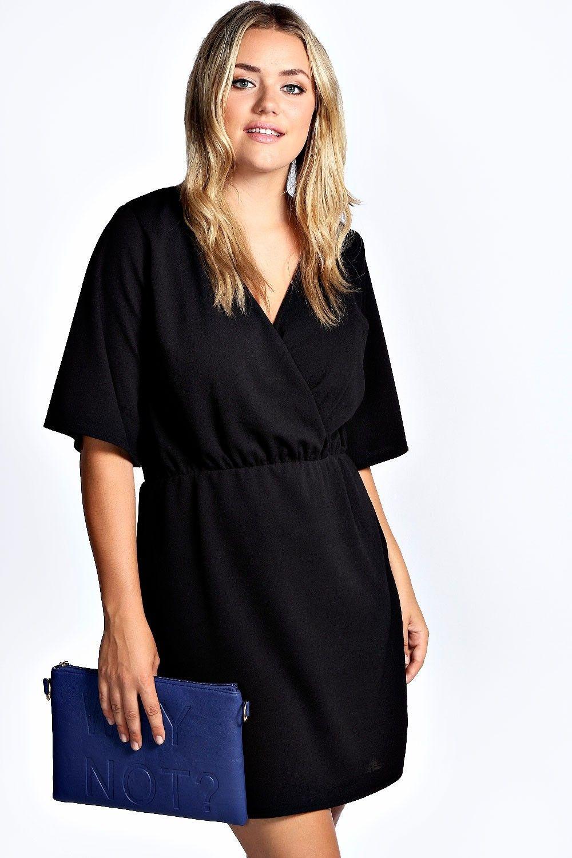 Vestido De Crepe Cruzado Por Delante Nancy Boohoo Plus Ropa Ropa Moda Para Mujer Estilos Para Tallas Grandes