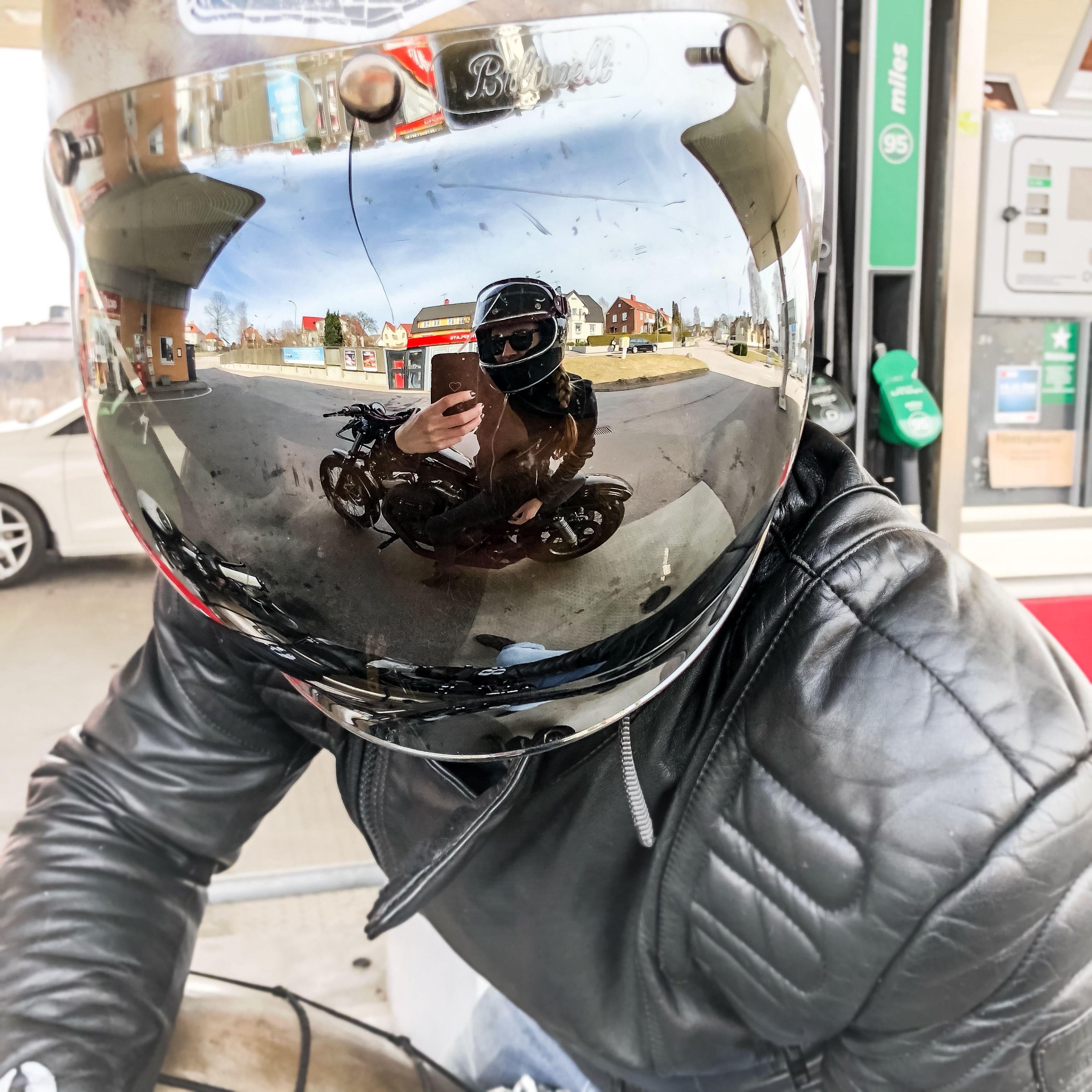 селфи на мотоцикле картинки того чтобы искать
