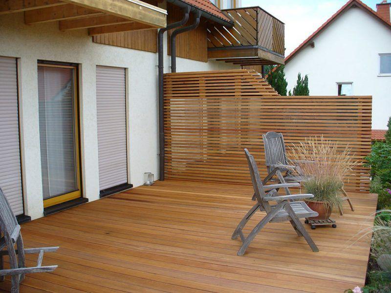 Verkleiden Sie Ihren Balkon 27 Ideen Fur Balkonumrandung Haus Dekoration Mehr Balkon Dekor Terassenideen Balkonverkleidung Holz