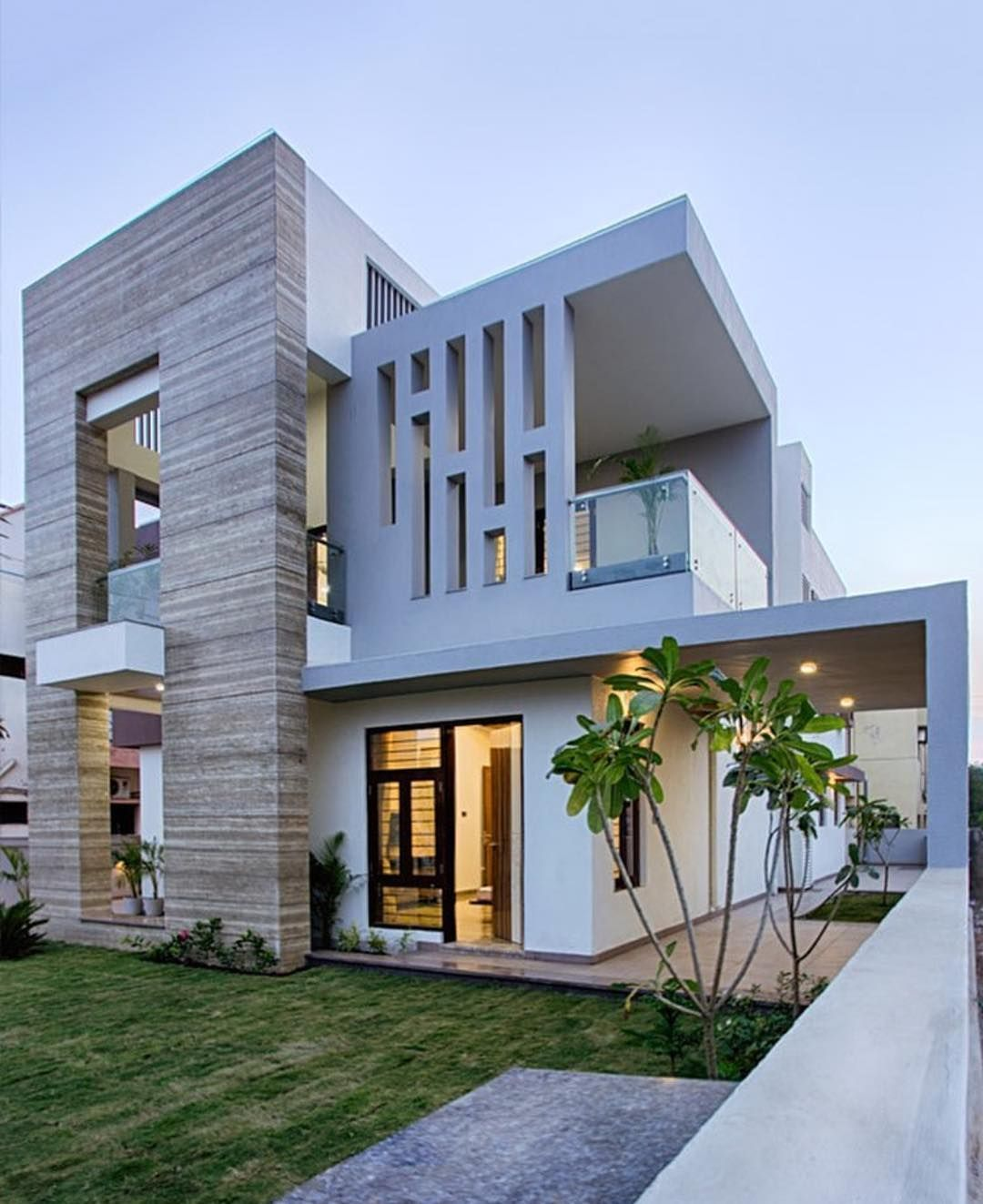 Beautiful Home Designed By Pokar Architects