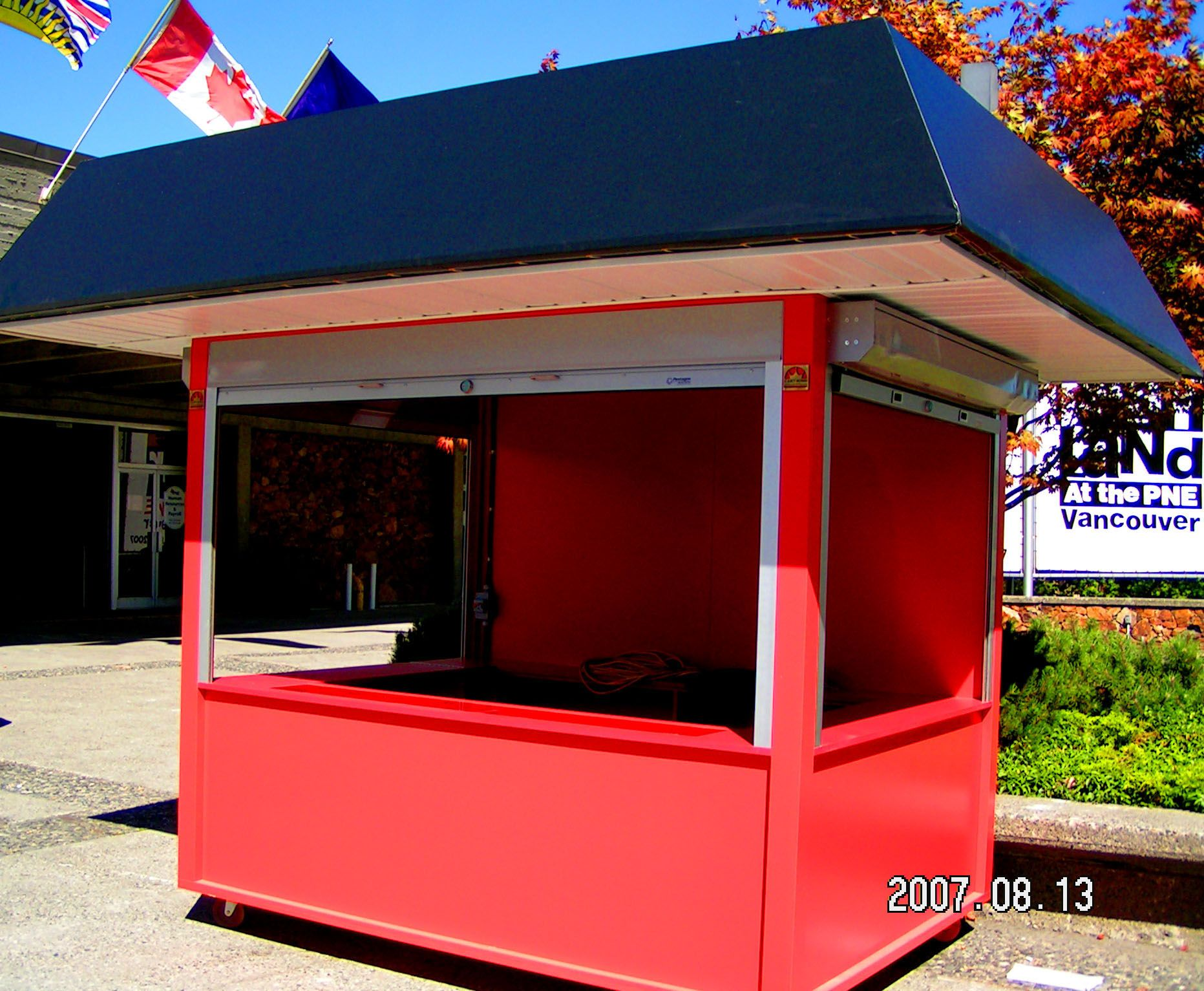 coffee kiosk for outdoor service  3 sides service windows