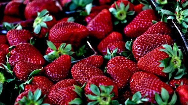 strawberry-629180_1920