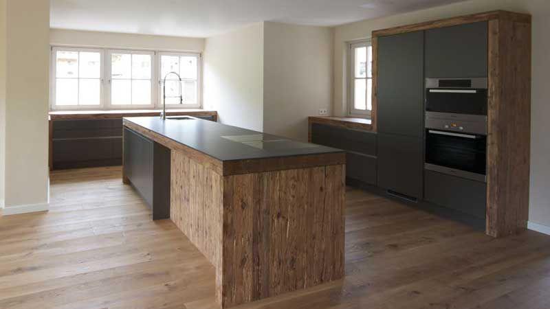 Möbel und Küchen - Kombinationen mit Altholz | Küche | Pinterest ...