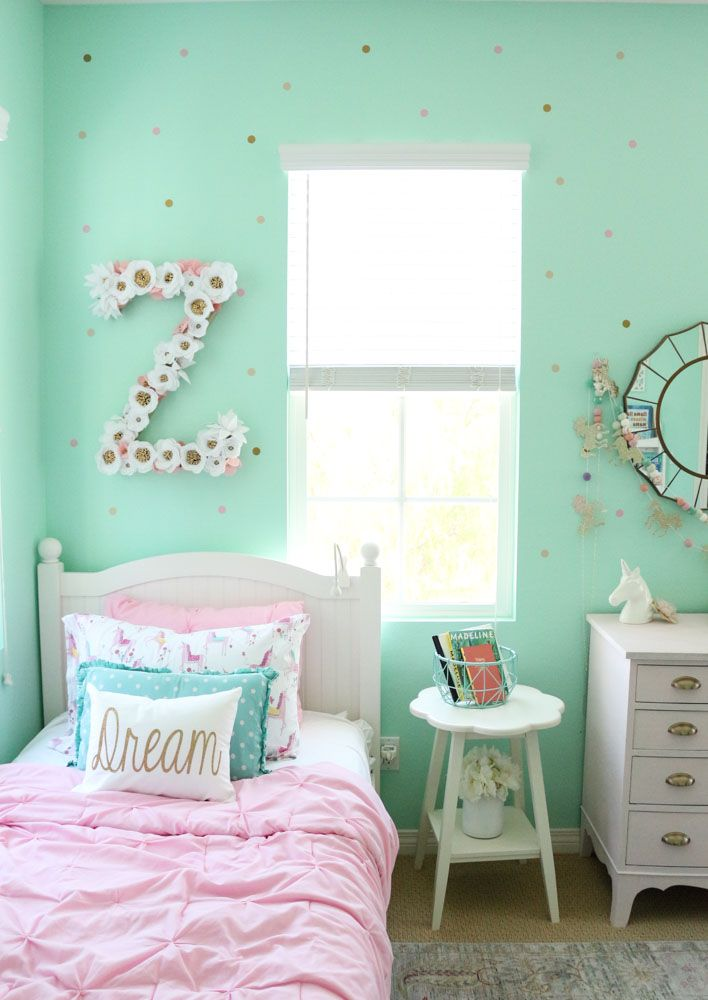Mint Shared Girls Room with Gold Polka