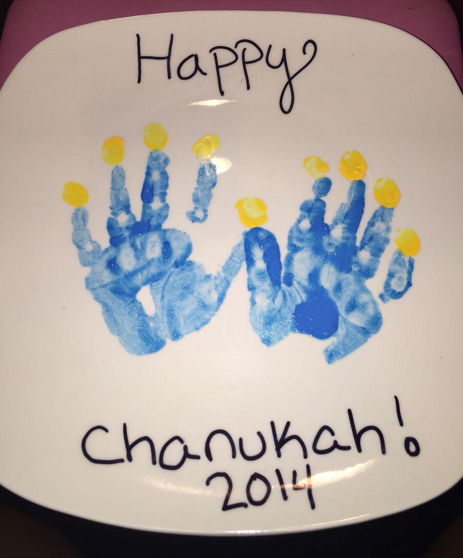 Uncategorized Handprint Menorah handprint menorah acrylic paint and a sharpie plate from the dollar tree hand