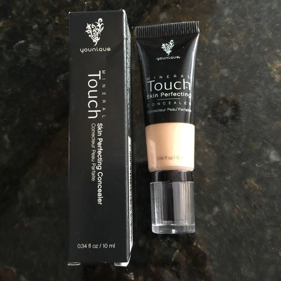 Touch Mineral Skin Perfecting Concealer Taffeta Touch mineral skin perfecting concealer new regular price $29 Younique Makeup Concealer