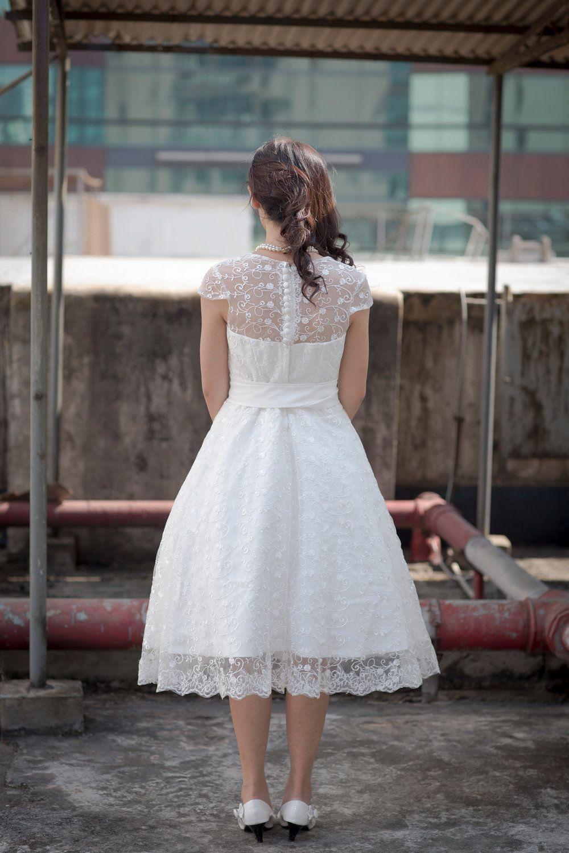 50 S Vintage Inspired Lace Tea Length Wedding Dressmake Etsy Wedding Dresses Tea Length Wedding Dress Beautiful Wedding Dresses [ 1500 x 1000 Pixel ]