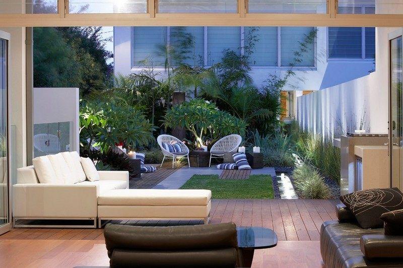 Kleiner-Garten-Stuehle-Rasenflaeche-Sichtschutz Garten Pinterest