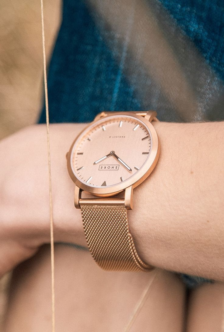 Love Love Love this rose gold woven mesh band watch Perfect