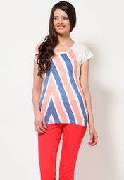 Stylish stripes and a subtle off-white colour make this trendy top from Allen Solly a perfect pick! Its soft viscose fabric feels good on your skin, while the arms-flaunting cap sleeves and clavicles-highlighting scoop neck make you look enticing.