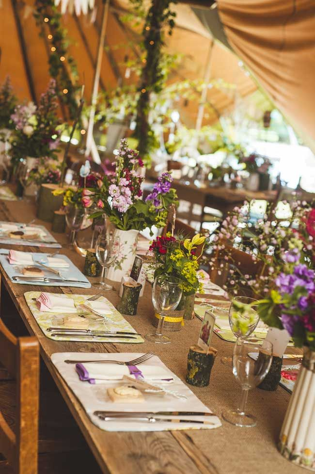 8 Of The Best Details For A Rustic Wedding Theme Center Of