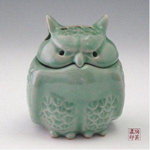 Celadon Glaze Owl Figurine Design Green Korean Porcelain Ceramic Art Pottery…