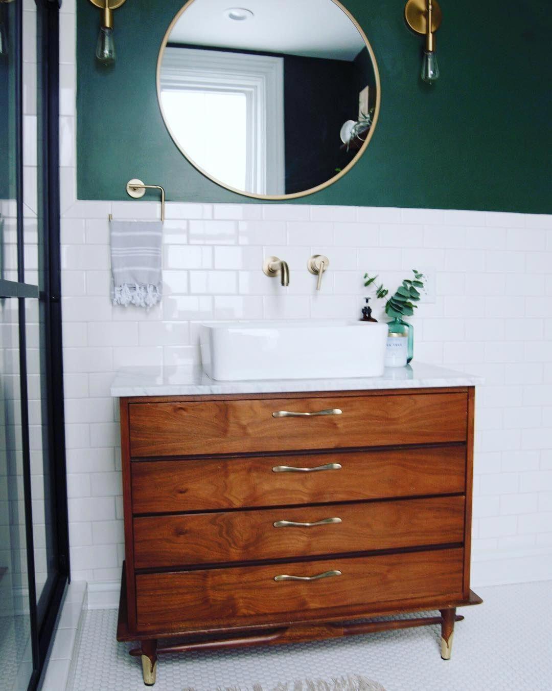Mid Century Modern Dresser Vanity Bathroom Midcentury Bathroomvanity Modernes Badezimmer Kommode Modern Badezimmerwaschtisch