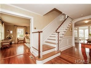 8 morris court rye ny 10580 4403801 center hall for Center hall colonial living room ideas