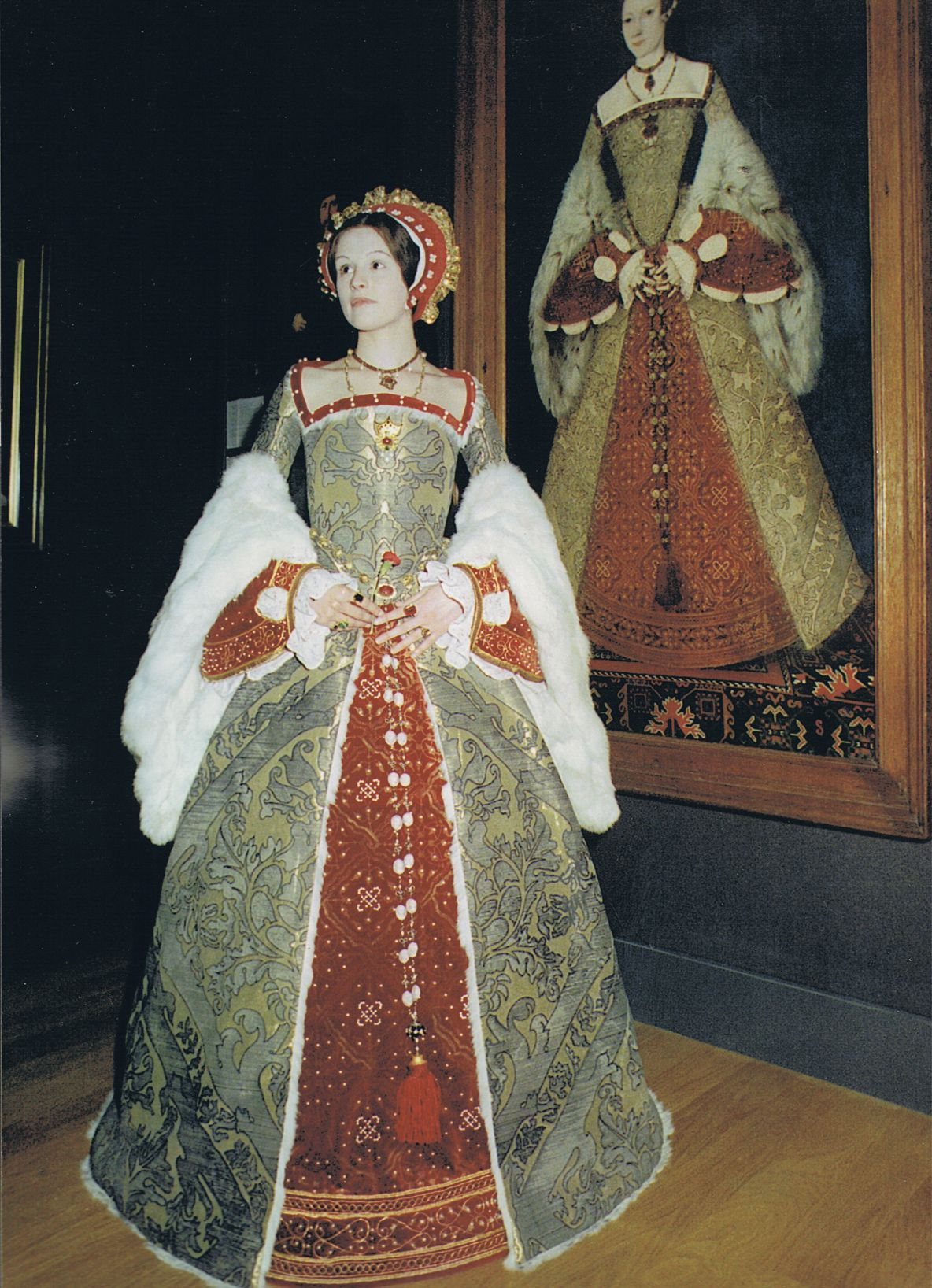 CATHERINE PARR costume made for the 'Galleries Project' at the Wimbledon School of Art 1999. Part of a final degree show in Costume Interpretation BA by ANNIKA JOAN CASWELL | http://bit.ly/1LfriNL