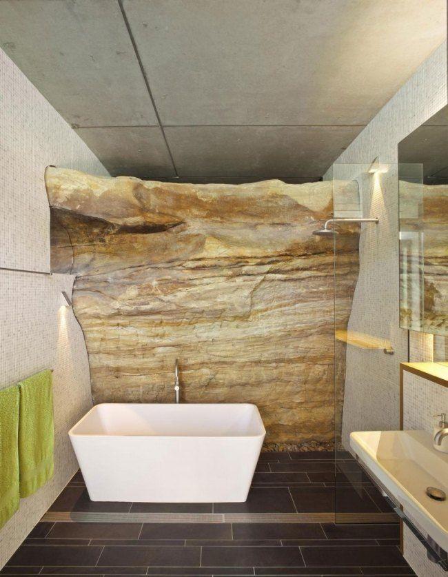 badezimmer moderne badewanne mosaik fliesen naturstein rustikal