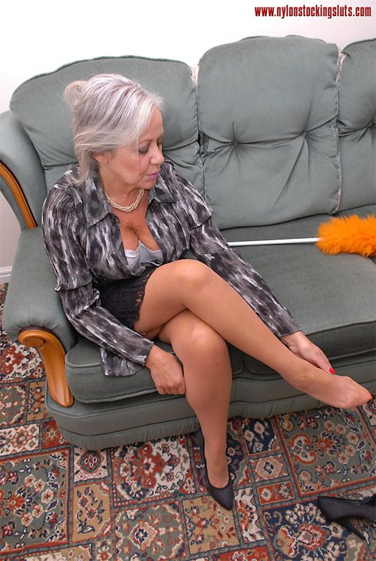 Nackte bsenior Frauen Strumpfhosen