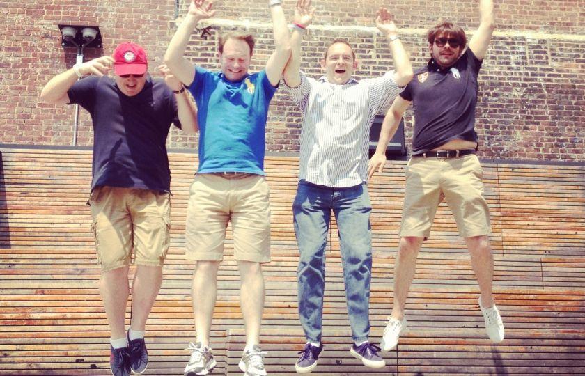Et voici le jump estival new-yorkais d'Axel, Sébastien, Stéphane et Guillaume, en direct de la High Line