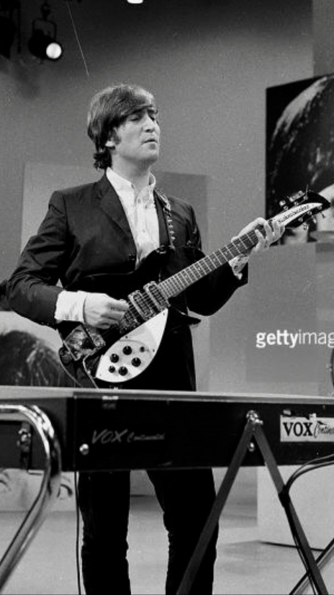 John Lennon Rehearsing For The Ed Sullivan Show August 1965 This Would Be The Beatles Last Live Tv Perform The Beatles John Lennon Guitar John Lennon Beatles