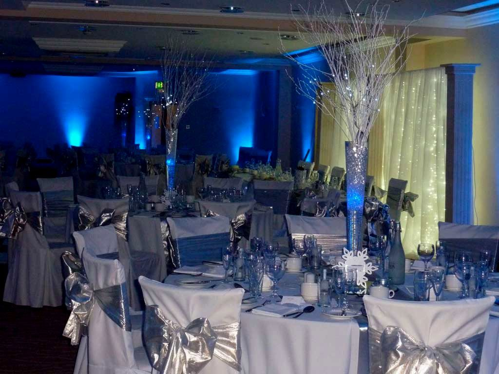 royal blue and silver wedding decoration ideas | table settings