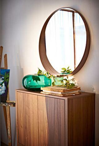 Möbel im Retro-Look bei Ikea Dunkles Holz Schrank  - broken design holzmobel