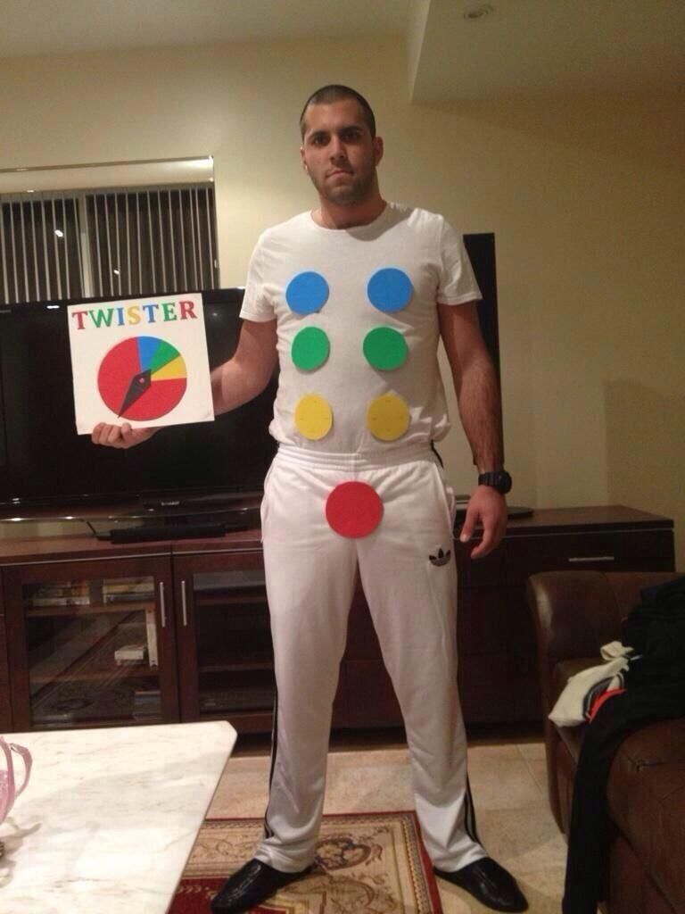 twister. lol all the red haha | halloween | halloween costumes
