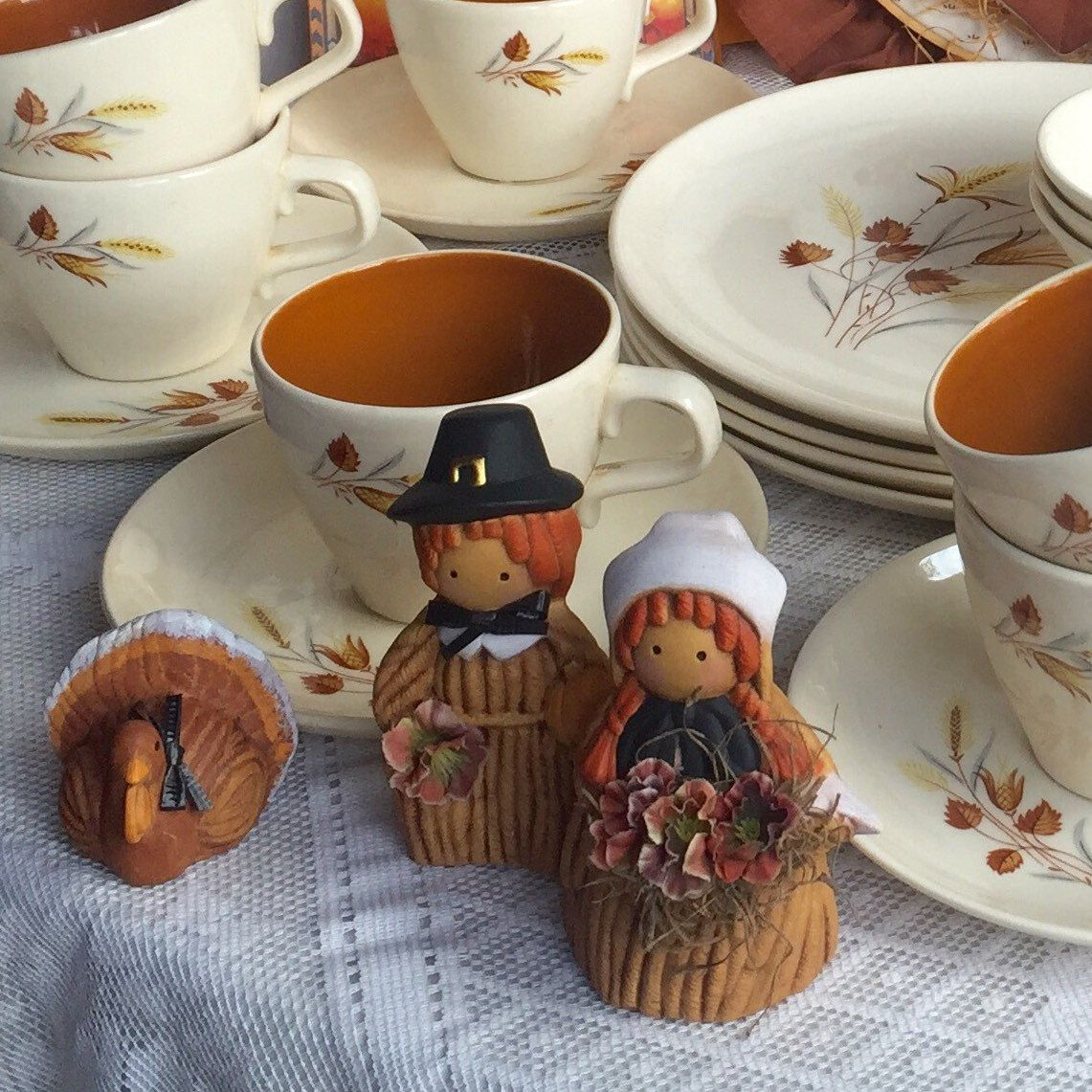From figurines to china plates, Vinategpoetic has everything vintage for Thanksgiving!