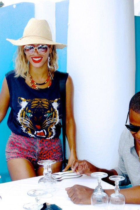 Beyonce on holiday in Italy - Beyonce's personal photo album