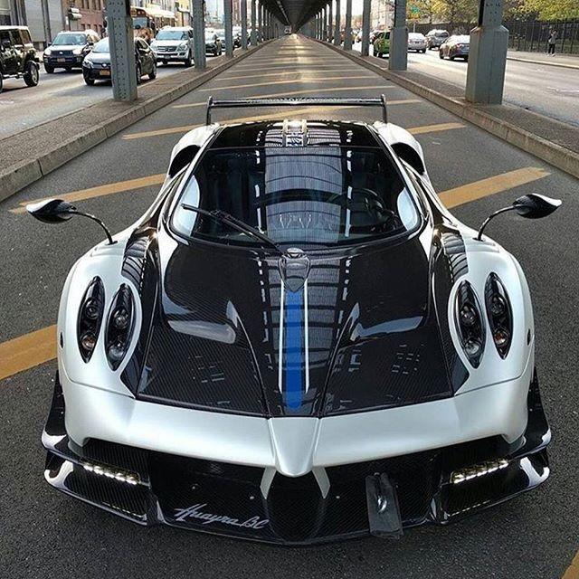 目で見て楽しむ❗️ 最新自動車ニュース❗️ https://goo.to/article  #パガーニ #car #news #video #photo #geton