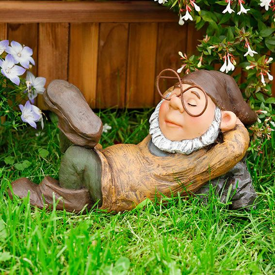 Funny Gnomes: Gartenzwerg - Google Search