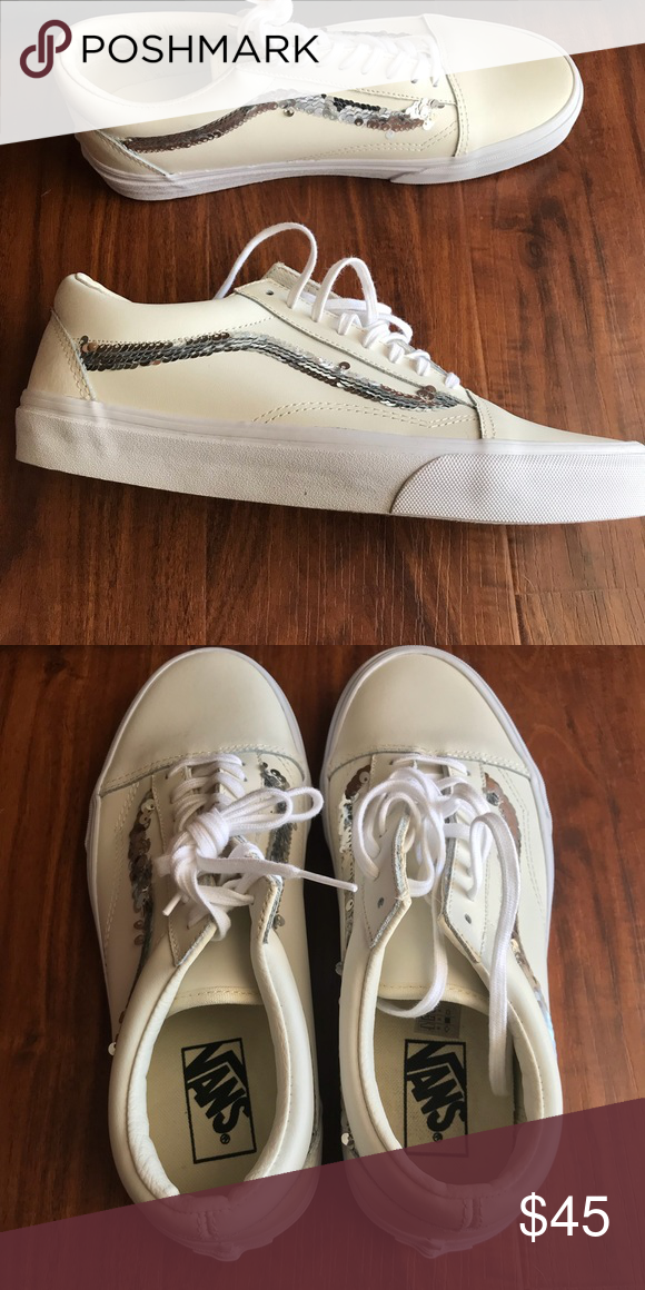 27e22fc1e00820 BNWT VANS Shiny Sequins Old Skool Womens Shoes Adorable cream Vans high tops  with silver sequins. Brand new