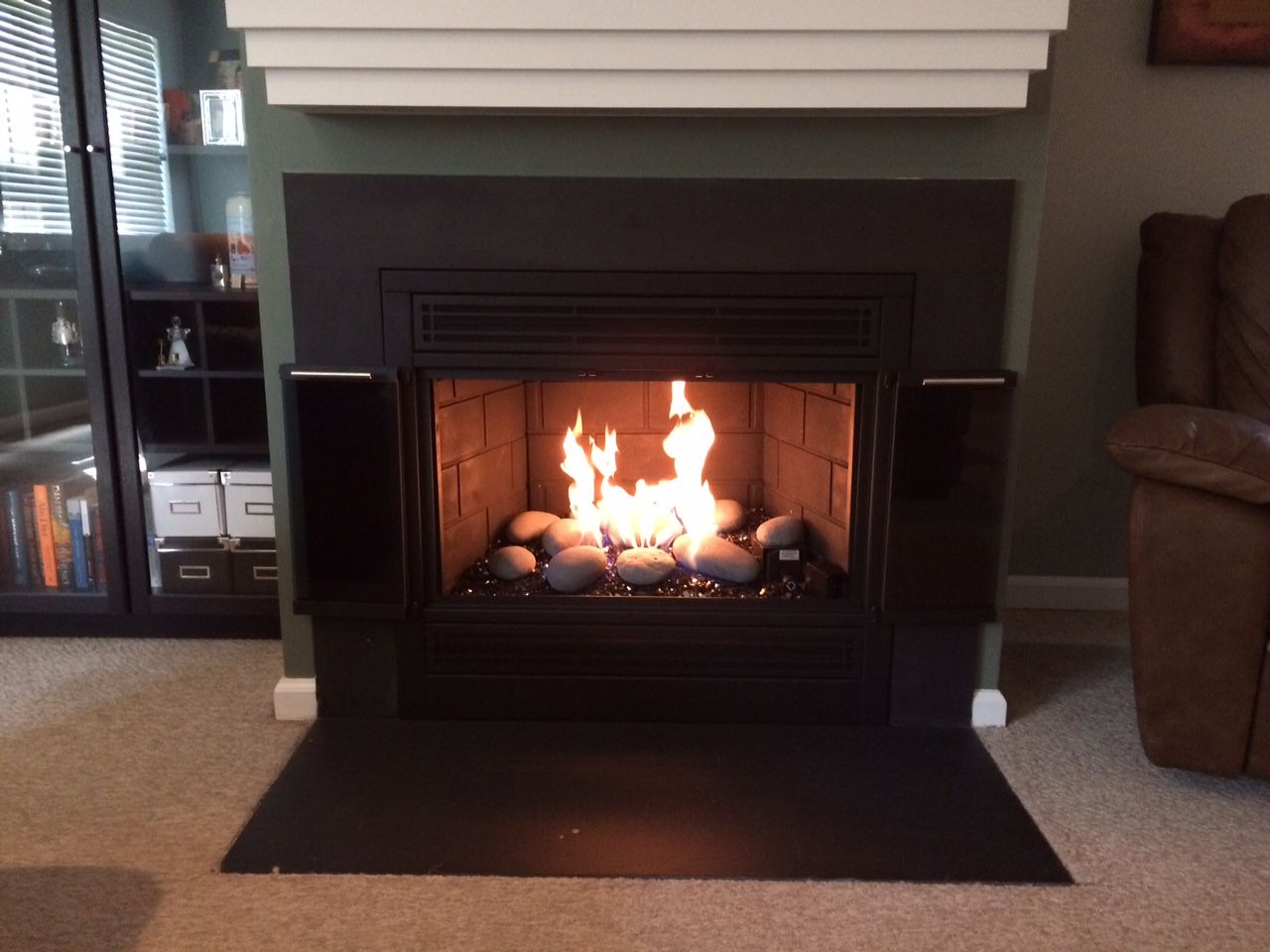 this is a stoll fireplace inc reface with a peterson glass burner rh pinterest com